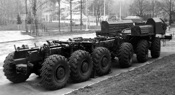 МАЗ-547В