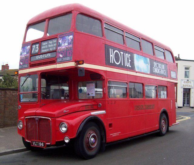 Двухэтажный автобус Routemaster RM