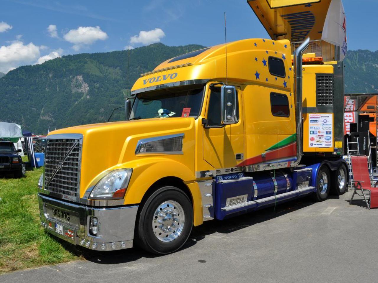 Красивые американские грузовики вольво фото нашему опыту