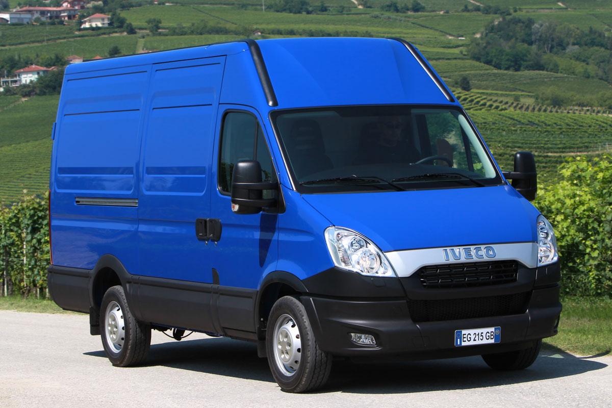 Цельнометаллический фургон Iveco Daily