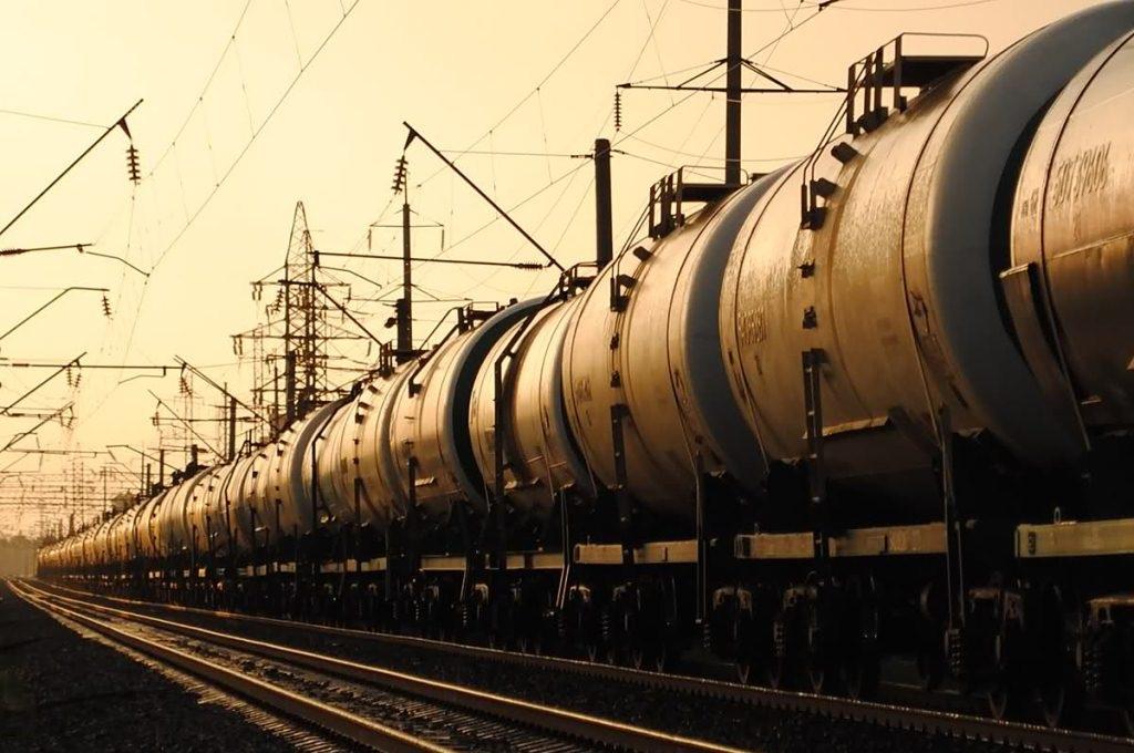 Где купить железнодорожные цистерны для нефтепродуктов?