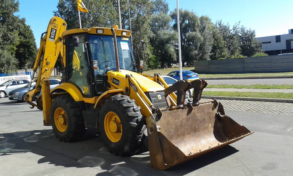 Цена экскаватора JCB 3CX Super в России