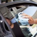Как провести тонирование стекол автомобиля своими руками?