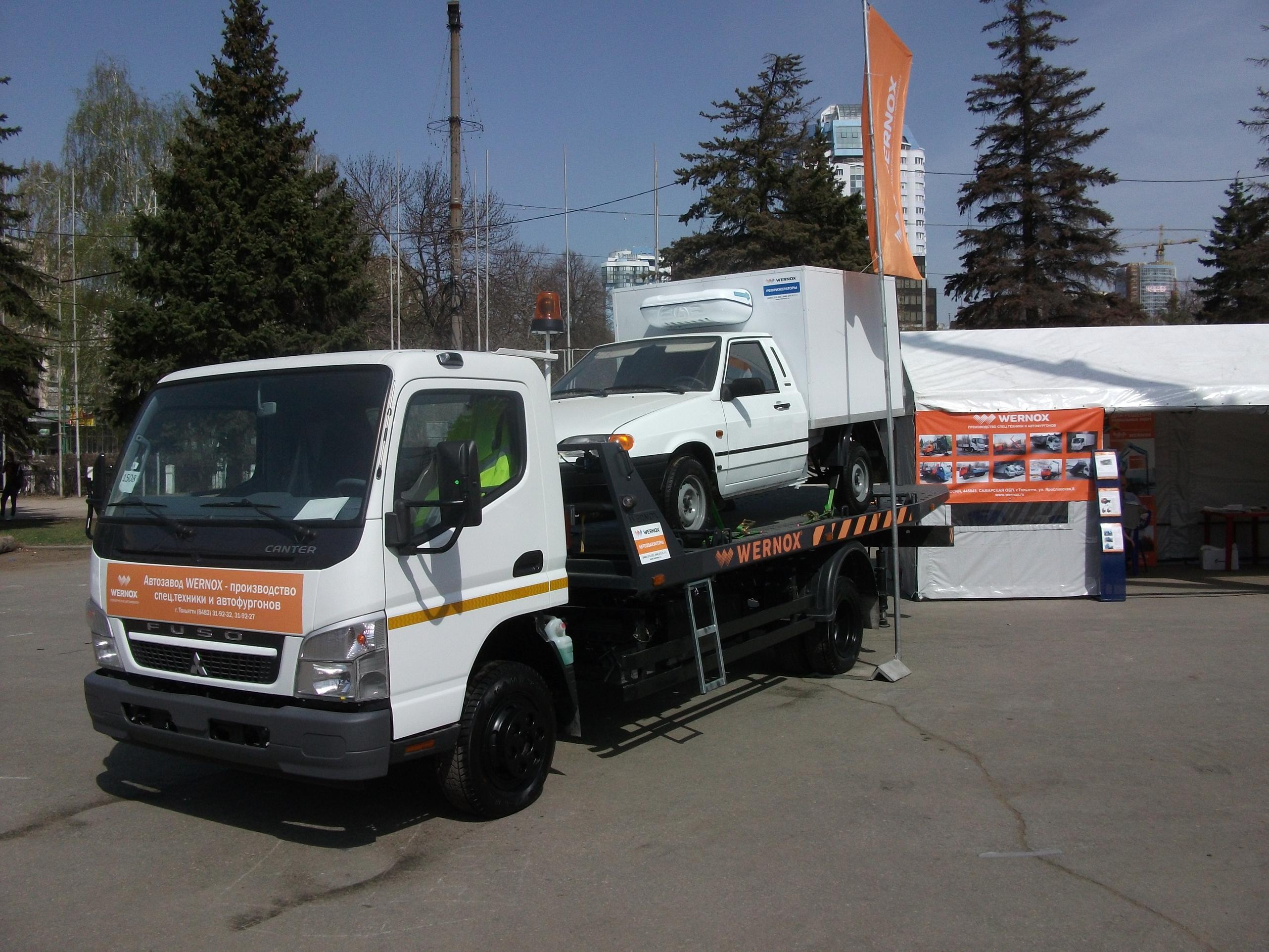Цены на покупку автомобиля-эвакуатора в России