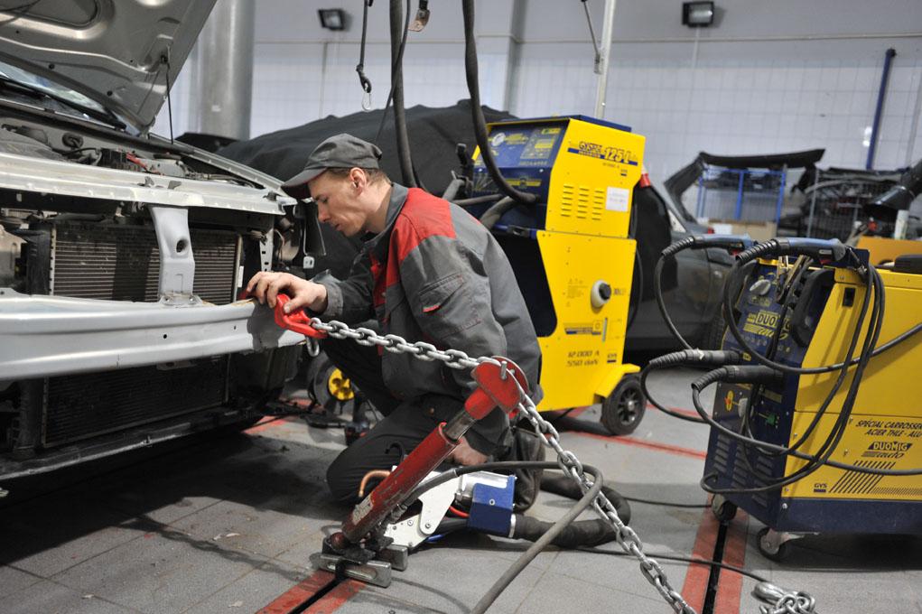 Какой инструмент для кузовного ремонта автомобиля купить?